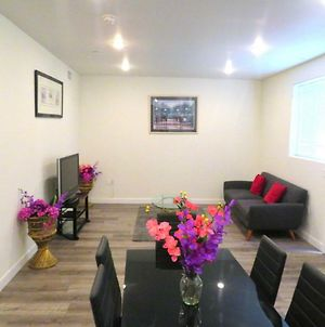 Fully Furnished Apartments Near Attractions photos Exterior