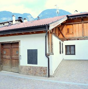 Expansive Holiday Home In Monclassico Tyrol With Garden photos Exterior