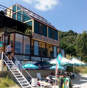 Happy Beach Rooms photos Exterior