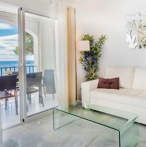 Dona Lola Micaela Beach Front Duplex Apartment With Open Sea And Beach Views Located Between Marbella And Fuengirola - Costa Del Sol - Cs148 photos Exterior