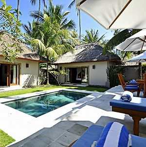 Two Bedrooms Villa With Private Pool, Large Landscape Garden And Kitchen photos Exterior
