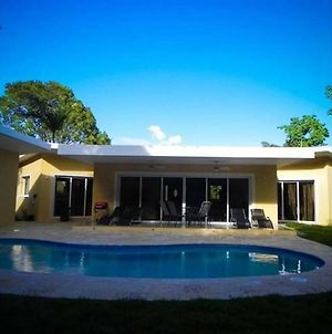 Quiet, Private 2 Bedroom Villa A Few Minutes From Downtown Sosua Town And Beach photos Exterior