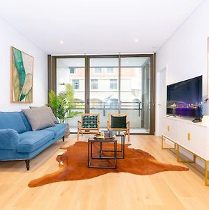 Cdr83 Haymarket Brand New Stylish 2 Bedroom Apt photos Exterior