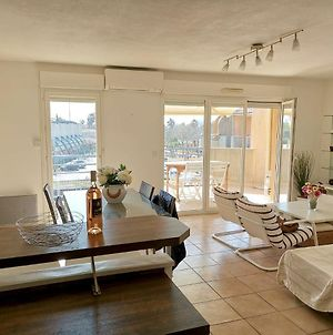 Apartment With 2 Bedrooms In Saintcyrsurmer With Wonderful City View And Enclosed Garden 2 Km From The Beach photos Exterior