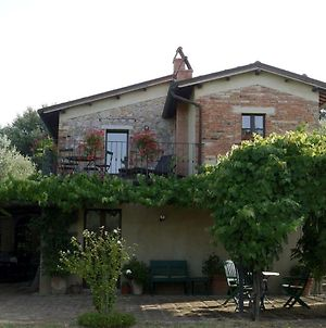 Countryside Privacy & Views But Within A Medieval Tuscan Village. photos Exterior