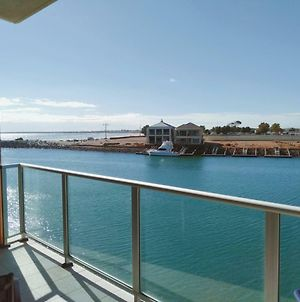Wallaroo Marina Executive Apartments photos Exterior