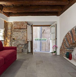Wood And Stone Apartment In The Historical Center photos Exterior