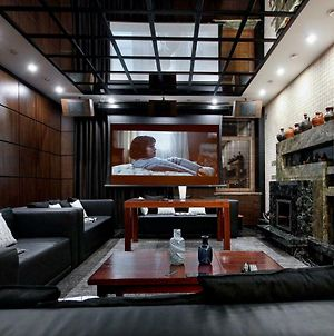 Luxury 4Br Sea View Apartment With A Home Theatre And A Huge Jacuzzi photos Exterior