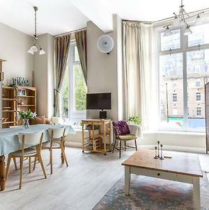 Cozy & Bright 2Br Period Apartment In Whitechapel photos Exterior