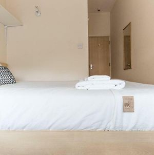 Private Double Bedroom With Ensuite photos Exterior