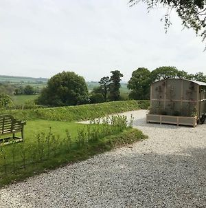5 Luxury Shepherds Hut photos Exterior