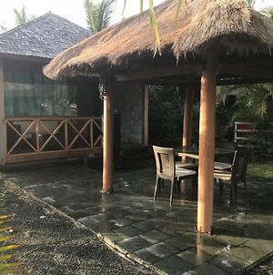 Waterfront Balinese Bungalow - Romantic Getaway photos Exterior