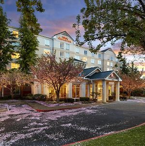 Hilton Garden Inn Lake Oswego photos Exterior