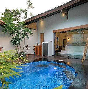 Stay Shark Villas Gili Air photos Exterior