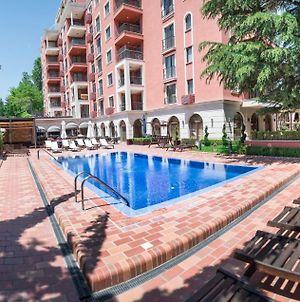 Superb 2-Bdr Luxury Apt. With Pool In Villa Mare photos Exterior