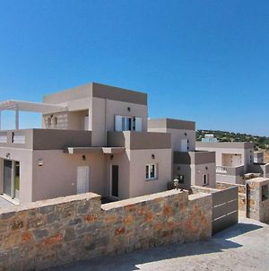 Explore Lasithi Wail Have A Great Vacation Staying In This 3 Bedroom Villa photos Exterior
