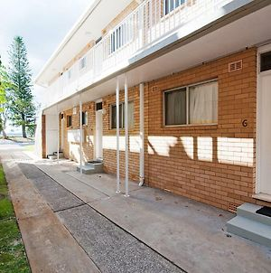 'Beachside' Shoal Bay Unit 6 photos Exterior
