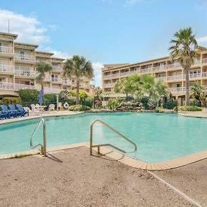 Newly Listed Seaside Condo With 2 Pools photos Exterior