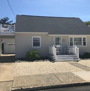Brant Beach Oceanside 1St Floor Duplex 5 Houses From The Beach Close To Shops, Church And Resturants photos Exterior