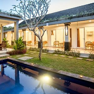 Sari Agung Guest House photos Exterior