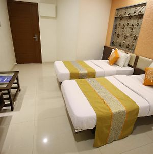 Oyo Rooms Kanak Road photos Exterior