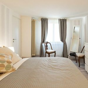 Romantic Suite Few Steps From The Cathedral By Rentallcomo photos Exterior