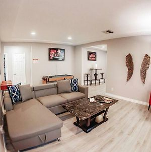 Spacious Home-Minutes To La Attractions P6 - 30 Night Minimum photos Exterior