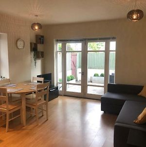 Fabulous, Modern 2 Bed Flat In Central Cardiff photos Exterior