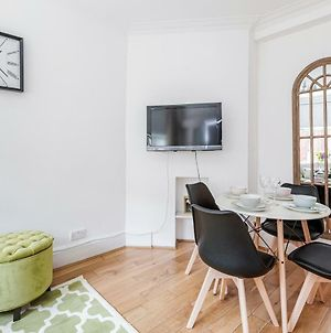 Trendy Covent Garden Apartment photos Exterior