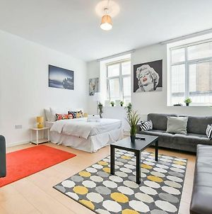 Very Spacious Flat For 4 People In Camden photos Exterior