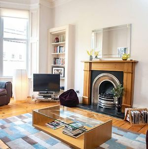 Charming 2-Bedroom Apt In The Heart Of West End photos Exterior