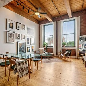 Beautiful Modern Loft Historic Old City 1 Br photos Exterior