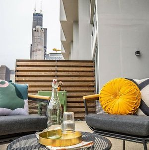 Spacious 3Br/3.5Ba Townhouse In The Loop By Domio photos Exterior