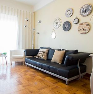 Sunny 4 Bedroom Apartment - With View photos Exterior