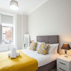Bright 3 Bedroom Apartment In City Centre photos Exterior