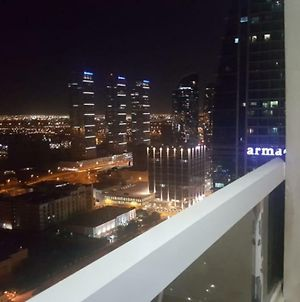 Amazing 1 Bedroom In Jlt- Short Term photos Exterior