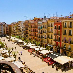 Apartment For #4 Persons In The Historical Heart Of Tarragona photos Exterior