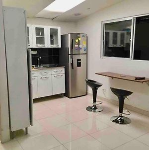 Spacious 2 Bedroom Apartment Central Location 101 photos Exterior