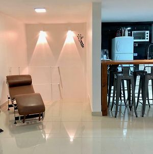 Apartment In Downtown With Big Jacuzzi In Buenos Aires. Close To Everything. Ready To Enjoy photos Exterior