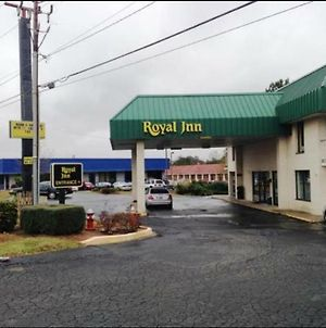 Royal Inn Columbia/Fort Jackson photos Exterior