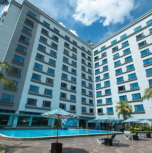 Grand Mercure Medan Angkasa photos Exterior