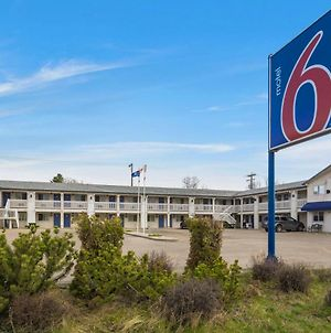 Motel 6 Camrose Ab photos Exterior