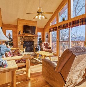 Black Bear Lookout, 2 Bedrooms, Hot Tub, Fireplace, Wifi, Grill, Sleeps 6 photos Exterior