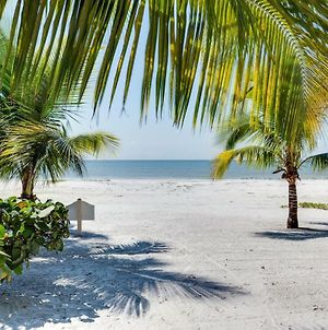 Tropical Bliss, Sleeps 4, 1 Bedroom, Gulf Front photos Exterior