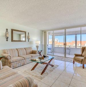 Redington Towers 406 1 Bedroom Gulf Front Wifi Pool Access Sleeps 6 photos Exterior