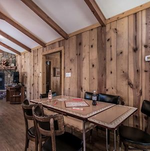 Chestnut Lodge, 4 Bedrooms, Sleeps 8, Hot Tub, Grill, Gas Fireplace, Ac, Wifi photos Exterior