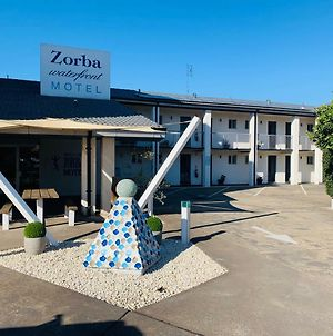 Zorba Waterfront Motel photos Exterior