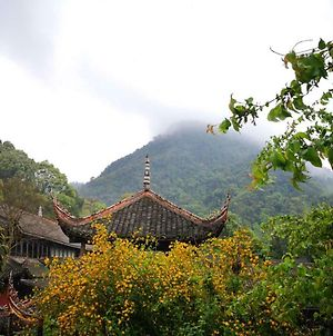 Baoguo Temple Guesthouse photos Exterior