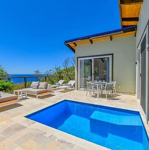 Villa Topaz Above West Bay With 180 Degree Views! photos Exterior