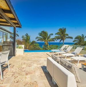 Villa Topaz Above West Bay With 360 Degree Views! 4 Bedroom Option photos Exterior